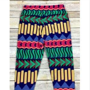 LuLaRoe Pants - 🌿LuLaRoe Multi-Color Leggings Geometric Printed